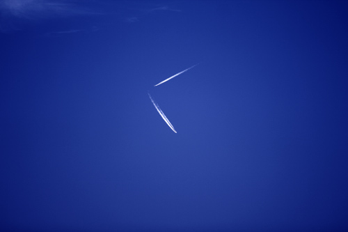 Flugzeugspuren Am Himmel